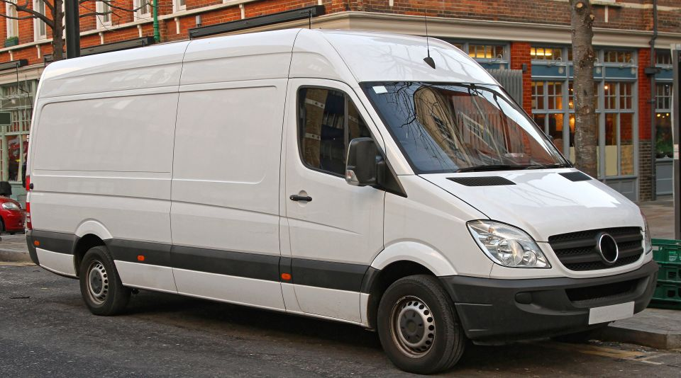 Business vehicle leasing options for UK business owners.